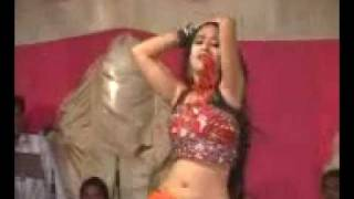 getlinkyoutube.com-TU CHEEZ BADI HAI MAST MAST DJ DANCE
