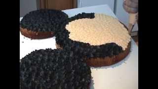 getlinkyoutube.com-Mickey Mouse Cake