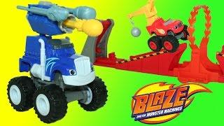 getlinkyoutube.com-Blaze and the Monster Machines Cannon Blast Crusher