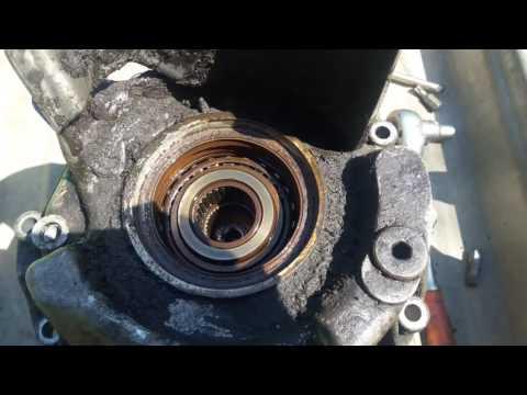 Замена сальника переднего привода с правой стороны на АУДИ А6 с5