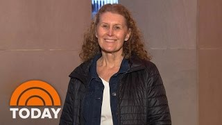 getlinkyoutube.com-'Knockout!' See This Woman's 'NYC Chic' Ambush Makeover | TODAY