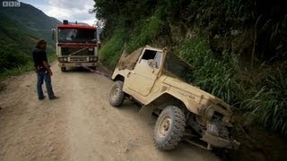 getlinkyoutube.com-Bolivia's Death Road - Top Gear - Series 14 - BBC