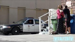 getlinkyoutube.com-Woman Abused In Front Of Cops Prank!