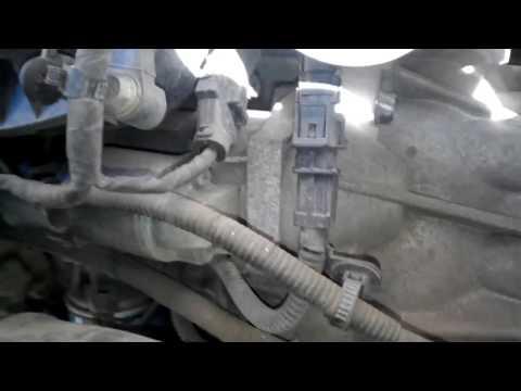 Kia ceed 2007 зняття стартера для заміни бендіксу снятие стартера для замены бендикса