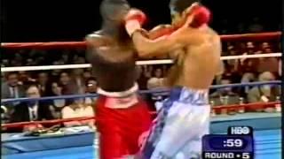 getlinkyoutube.com-Floyd Mayweather Jr. vs Genaro Hernandez (Highlights)