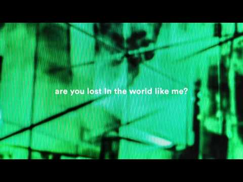 Voir la vidéo : Moby & The Void Pacific Choir - Are You Lost In The World Like Me?