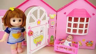 getlinkyoutube.com-Baby doll house toy with Pororo and Kinder Joy toys play