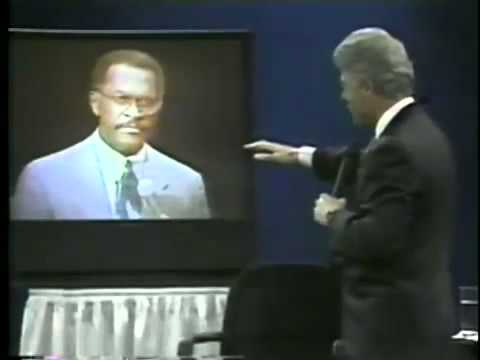 See Herman Cain Expose President Bill Clinton on Health Care Issue at Town Hall www.RightFace.us