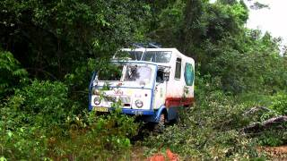 getlinkyoutube.com-Real wages of fear - across Amazon rainforest with Tatra 805 truck