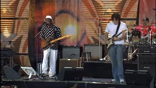getlinkyoutube.com-Buddy Guy & John Mayer - What Kind of Woman Is This? (Live at Farm Aid 2005)