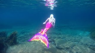 getlinkyoutube.com-Living Underwater: Real Life Mermaid Melissa