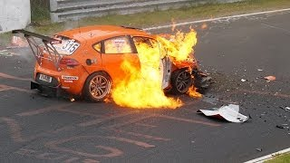Nürburgring Nordschleife VLN Lauf 3 2014 Crash car catching fire