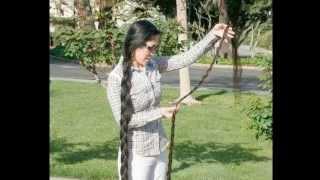getlinkyoutube.com-Super Long Hair World  超ロングヘアーで世界を魅了した髪長女王のダイ・ユーキンさん