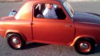 getlinkyoutube.com-1960 Vespa 400 Microcar with 1200cc Harley Davidson Sportster engine