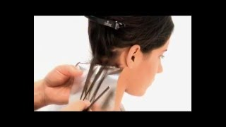 getlinkyoutube.com-Cómo realizar mechas con papel de aluminio - Curso de Peluquería de CCC