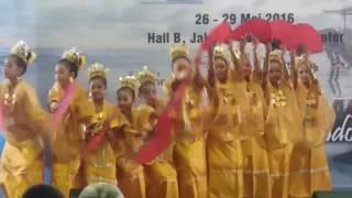 getlinkyoutube.com-lomba nari kreasi tari kipas angin mamiri di jcc senayan 29 mei 2016