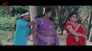 getlinkyoutube.com-Venu Madhav & Aunty Comedy Scene || Please Naku Pellaindi