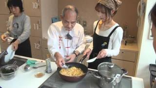 getlinkyoutube.com-鉄人を超えた料理人「程一彦」に学ぶ「鉄人チャーハン」料理教室(後半)