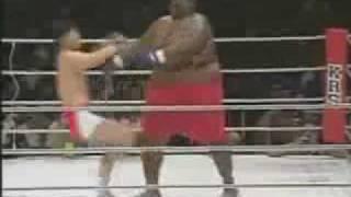 getlinkyoutube.com-Combat Inimaginable - 76kg Vs 272 kg Incroyable victoire !