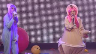 "getlinkyoutube.com-""BB Talk"" Miley Cyrus & The Flaming Lips@Electric Factory Philadelphia 12/5/15"