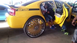 getlinkyoutube.com-Riding Big Car Show 2014 DODGE CHARGER on Big 32 Inch Rims on Cars Donk (part 47)