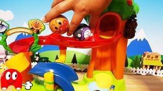 getlinkyoutube.com-アンパンマン アニメ&おもちゃ コロコロ のぼって楽しい!バイキンマンとカブトムシもいるよ!Toy Kids トイキッズ animation anpanman