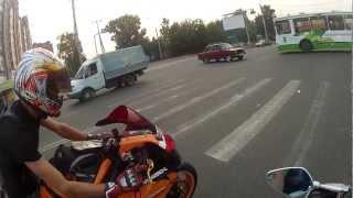 getlinkyoutube.com-Прохват по Томску. Honda CBR 1000RR & Yamaha R6 ч.2