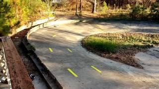 getlinkyoutube.com-Traxxas XO1 vs Ofna GTP on Oval Track