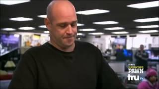getlinkyoutube.com-Hardcore Pawn - Man tries to sell flashy rimes