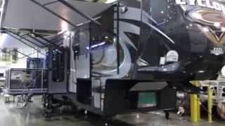 getlinkyoutube.com-2015 Heartland Cyclone 4200 toyhauler fifth-wheel