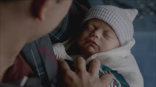The Vampire Diaries: 7x13 - Caroline gives birth to Alaric's twins (Josie and Lizzie) [HD]