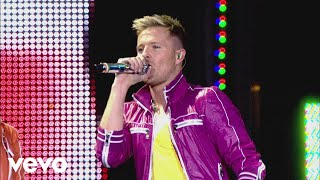 getlinkyoutube.com-Westlife - Boys Are Back in Town (Live from The O2)