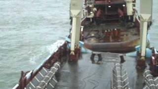 getlinkyoutube.com-Clip AHTS Maersk Boulder