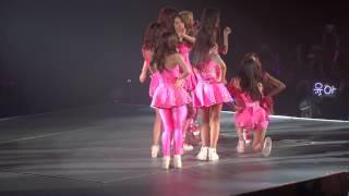 getlinkyoutube.com-140215 SNSD 少女時代 Girls & Peace Tour in Macau Dancing Queen