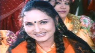 getlinkyoutube.com-Lali Joban Jancha Ki Hajur - Nepali Movie MUGLAN