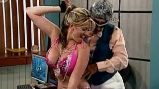 getlinkyoutube.com-A Que Te Ries - Sabrina Perrea!