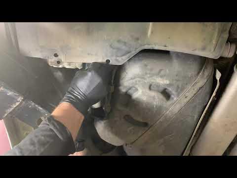 Замена Топливного Фильтра Audi A6 C6 3.2 FSI Quattro