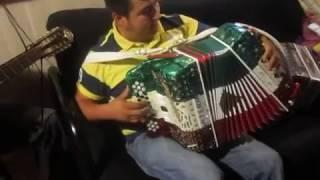getlinkyoutube.com-el pavido navido y redoblando juan villarreal con mario rosas acordeon monterrey