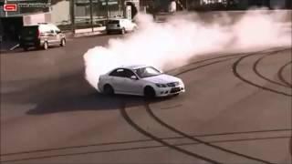 getlinkyoutube.com-Drifting with the Mercedes Benz C63 Amg!!