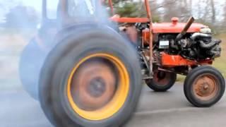 getlinkyoutube.com-Traktöre Ferrari Motoru Takılırsa !!! Mutlaka İzleyiniz