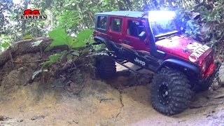 getlinkyoutube.com-RC Offroad Adventures Axial SCX10 wraith Hilux Jeep G6 G Wagon Pangolin @ Durian Loop