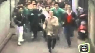 getlinkyoutube.com-Scherzi divertenti in strada || SCHERZI DIVERTENTISSIMI video divertenti scherzi bastardi bastardi