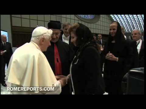 Pope greets family members of Cardinals James Harvey  John Onaiyekan and Boutros Rai