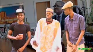 getlinkyoutube.com-Dangote's Cheque Makes Olamide Prostrate for Don Jazzy - Hilarious