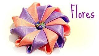Cómo hacer flores con cinta de raso. How to make ribbons flowers.
