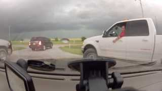getlinkyoutube.com-Storm Chasing Oklahoma May 31, 2013 'Widest Tornado In History'