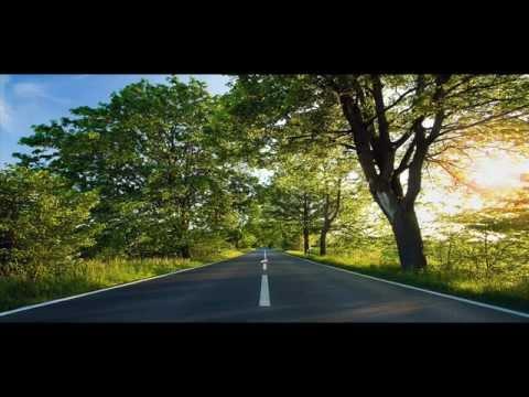 Kombeatnacje - An empty road