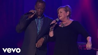 Larnelle Harris, Sandi Patty - I've Just Seen Jesus (Live)
