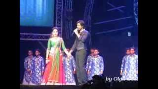 getlinkyoutube.com-SRK @iamsrk Live Concert in Dubai with Madhuri & Deepika - 1 december 2013 (part 4)