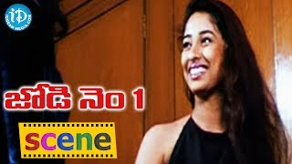 getlinkyoutube.com-Anju Wearing Saree Romantic Scene | Romance of the Day 23 | Telugu